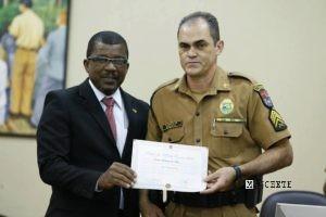 Sargento Carlos Roberto Silva, um dos policiais militares homenageados