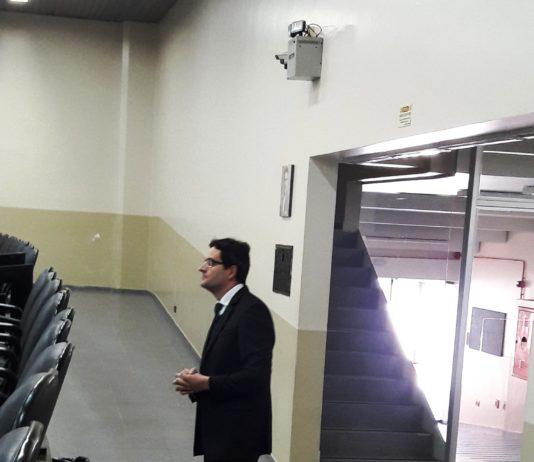Presidente Mario Hossokawa coloca vereador no seu devido lugar 1209d9150c