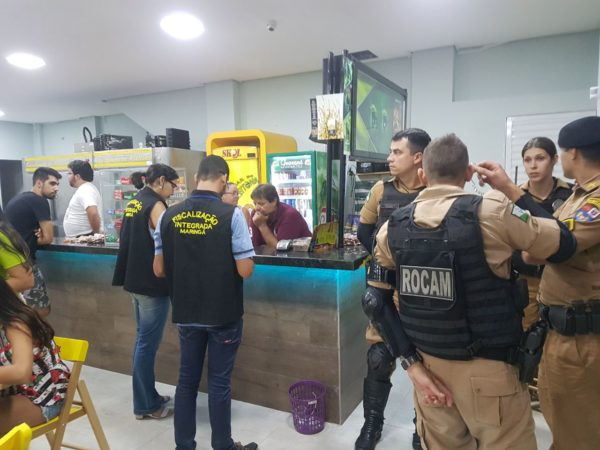 WhatsApp Image 2018 02 23 at 06.49.09 Operação fecha bar do Azeitona e Salinas